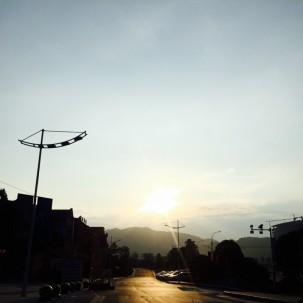 每次出差看到夕阳西下就特别想回家!!!
