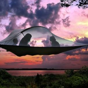创新之一个有趣的悬浮帐篷