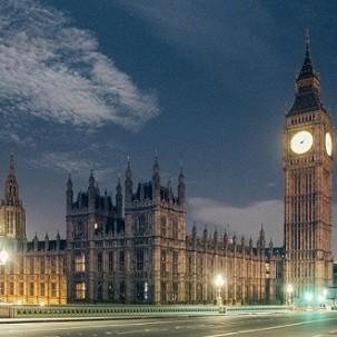 空无一人的伦敦地标建筑照片