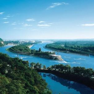 拜水都江堰,问道青城山!国际旅游名城欢迎您