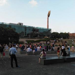 给个广场,大家就活动起来